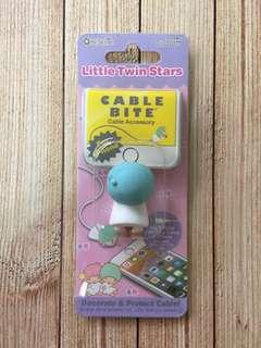 🚚 日本CABLE BITE iPhone 傳輸/充電線 防斷保護套:雙子星