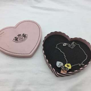 ** Juicy Couture 頸鏈
