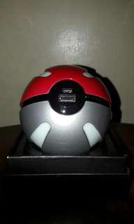 [BUNDLE] Poké Ball Powerbank and Hoco Charging Cable