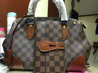 LV Damier With wallet
