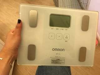 Omron 脂肪磅