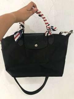 Longchamp overrun black sling bag