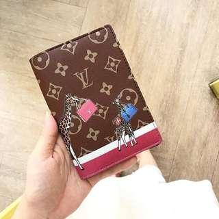 CUSTOM PASSPORT HOLDER LV Louis Vuitton