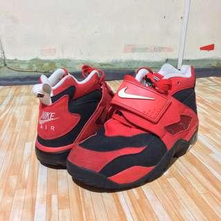 Nike Air Diamond Turf Challenge Red
