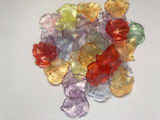 🌷 Handmade / Handicraft Colorful frosted acrylic leaf / bell shape beads. Great For Earring, Bracelet, Necklace, Pendant Etc
