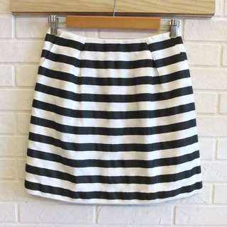 日本品牌 NATURAL BEAUTY 俏麗活潑短裙 M