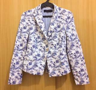 zara woman floral blazer top