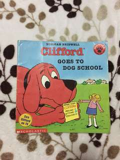 Clifford goes to school book