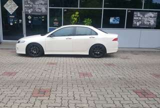 Honda Accord Euro R 2.0 Manual