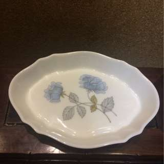 Wedgwood Ice Rose Oval Plate