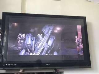 "LG LED TV HD 42"" Borderless"