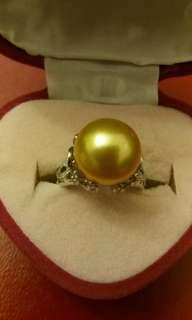 18k碎鑽石鑲金色珍珠 (代放)
