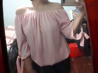 Off shoulders pink