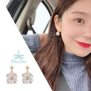 🚚 Chis Store【小方糖】韓國 方形 四方形 正方形 方塊 水鑽 垂墜耳環 無耳洞耳環 耳夾 夾式耳環 NDR979