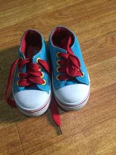 Cream kids shoes