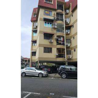 Puteri Court Condominium, Ampang, (For sale)
