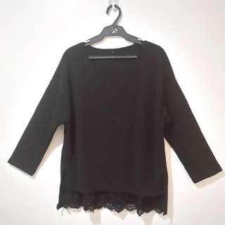 Long sleeved black blouse for L to XL with bottom lace