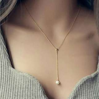 Pearl Collarbone Necklace