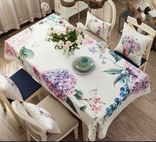 Fancy Blooming Hydrangea Tablecloth, 春夏氣息繡球花圖枱布