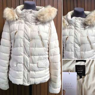 ZARA TRAFALUC hooded Insulated Puffer
