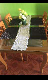 Rush sale!!! Dining set w/ 4 seats