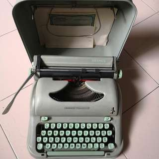 ULTRA RARE! HERMES Media 3 Typewriter.