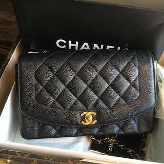 Chanel vintage 魚子醬黑金Diana
