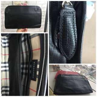 Burberry Authenthic Cluth