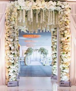 Grand full floral arch