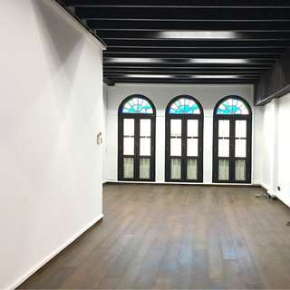 Office or retail right at doorstep of chinatown mrt