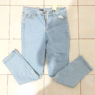 JEANS OVERSIZED