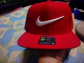 Nike snapback swoosh breds bnew