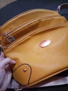 Original Secosana Leathet Sling Bag