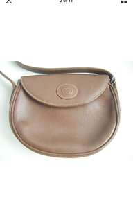 Gucci leather vintage purse