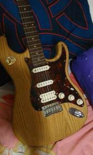 Price dropped for today! J&D Stratocaster