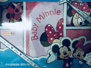 🆕Baby Minnie gift set