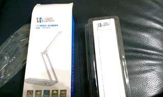 🚚 USB供電行動摺疊LED檯燈