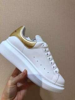 Mcq 金尾小白鞋 Size 355/36/365/375 $3350