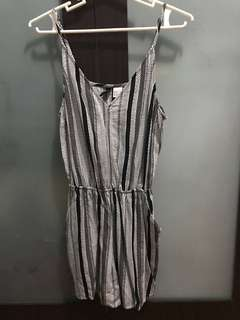H&M Divided - Short Jumpsuit/Romper (Size 34)