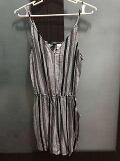 H&M Divided - Short Jumpsuit/Romper (Size 34)