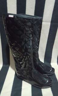 Auth Hunter Quilted Tall Rain Boots