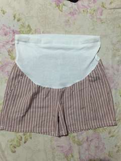 Maternity shorts 30 inches
