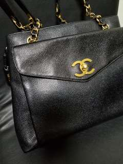 Chanel vintage cavier double zip shoulder bag