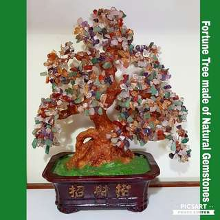 1970s Vintage Fortune Tree Made of Natural Gemstones, Hand-made. Large with lots of lovely gemstones, not small (refer to photos for size). $68, Sms 96337309.