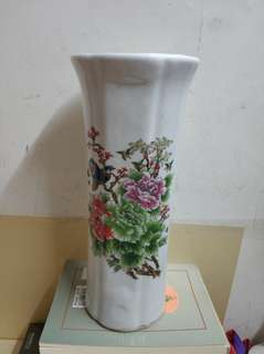 花樽,宽13cm.高30cm