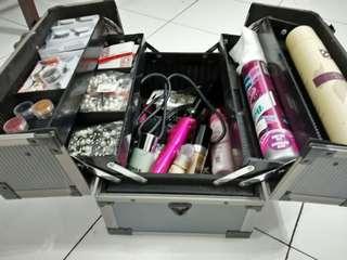 Koper Makeup