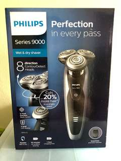 Philips Series 9000 Wet and Dry Electric Shaver S9111/12