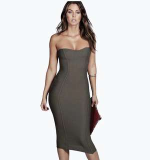 Boohoo bestselling sexy green dress • Gia Bandeau Bandage Midi Bodycon Dress