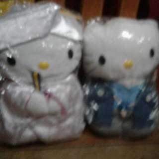 Hello Kitty Japanese Couple