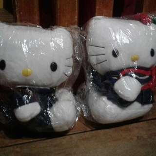 Hello Kitty Couple